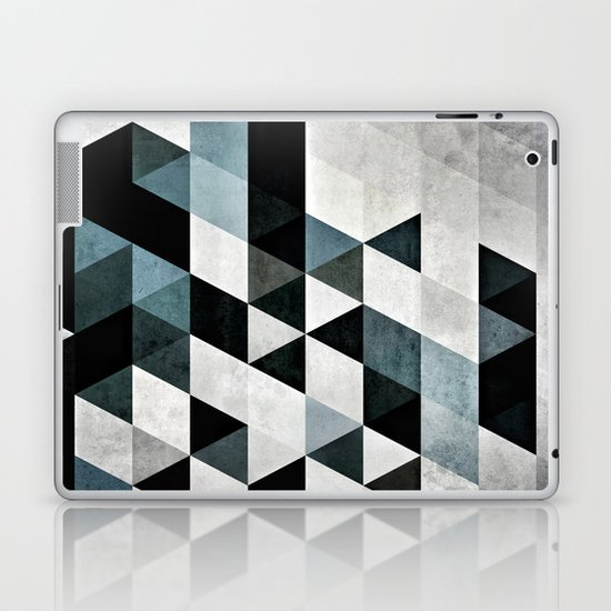 Pyly Pyrtryt Laptop & iPad Skin