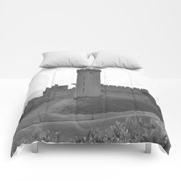 Black and white English Castle Comforters