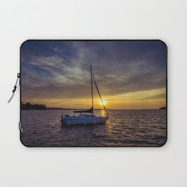 Before the sun sets Laptop Sleeve