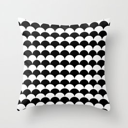 Black and White Fan Shell Pattern Throw Pillow