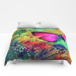 DAME EDNA Comforters