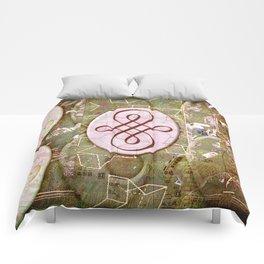 Karen (#TheAccessoriesSeries) Comforters