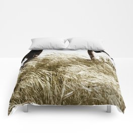 Tall Grass in the Wind Comforters