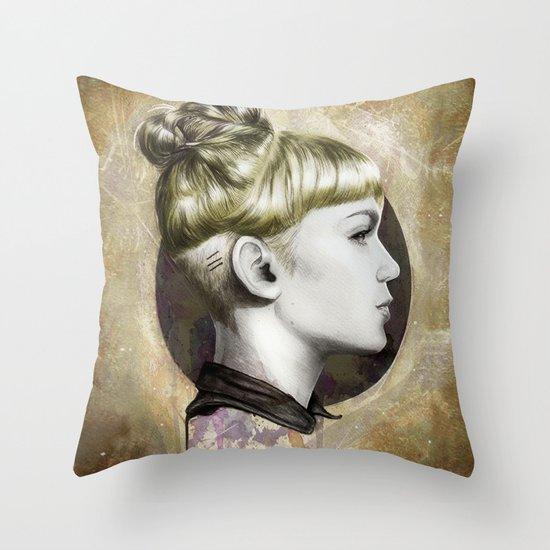 GrimesI Throw Pillow