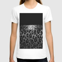 ANIMAL PRINT CHEETAH LEOPARD BLACK WHITE AND SILVERY GRAY T-shirt