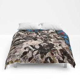 """"""" Wolf Hole Punch Art """" Comforters"""