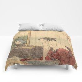 Hokusai, the toilet of a woman- manga, japan,hokusai,japanese,北斎,ミュージシャン Comforters