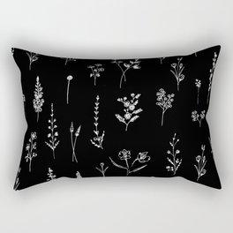 Black wildflowers Rechteckiges Kissen