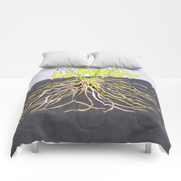 earthworm love Comforters
