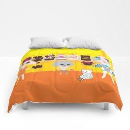 fashionista cats cake Comforters