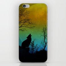 Howling wolf II iPhone & iPod Skin