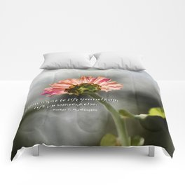 Lift yourself Up Comforters