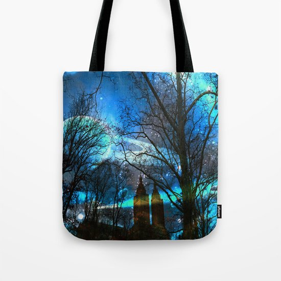 Saturn In Central Park Tote Bag