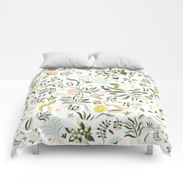 Spring at the Farmhouse Comforters