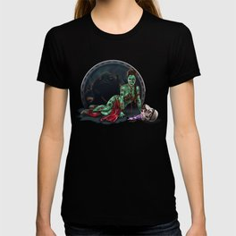 Aren't you a little brainless for a stormtrooper? (Zombie Slaved Princess Leia) T-shirt