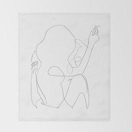 minimal line art - kiss Throw Blanket