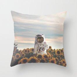 The Sunflower Galaxy, Messier 63 Throw Pillow