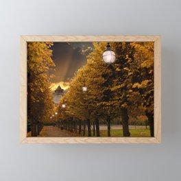 Avenue to the Castle at Windsor Framed Mini Art Print