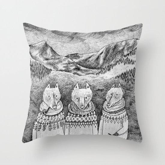Icelandic foxes Throw Pillow
