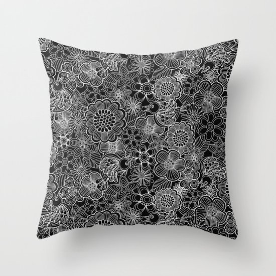 """""""Welcome birds..""""in black and white. Throw Pillow"""