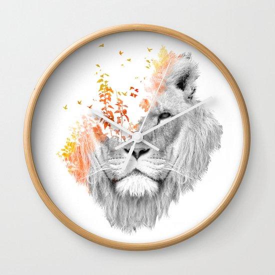 If I roar (The King Lion) Wall Clock