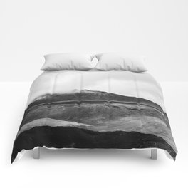 Volcanic Lake in New Zealand Comforters