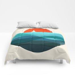 Deep blue ocean Comforters