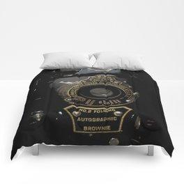 VINTAGE AUTOGRAPHIC BROWNIE FOLDING CAMERA Comforters