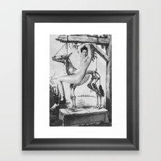 Belle au squelette Framed Art Print