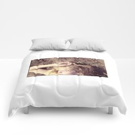 chroopki fields forever Comforters
