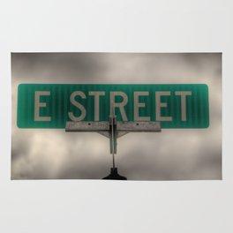 E Street Rug