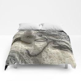 Self Expression Comforters