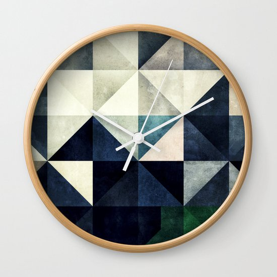GLYZBRYKS Wall Clock