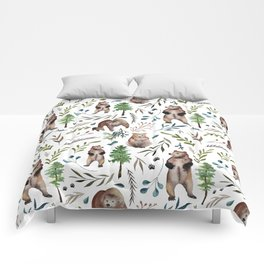 Bears, trees, and leaves pattern Comforters