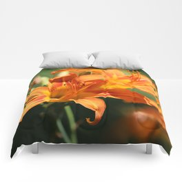 Day Lily Dance Comforters