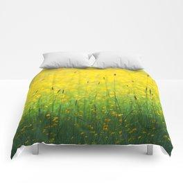 Field green yellow Comforters