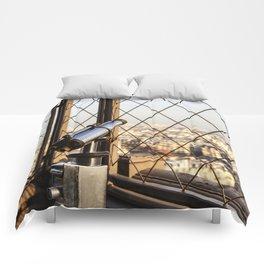 Distance All Around – Rundherum Ferne Comforters