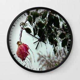 fROSEn Wall Clock