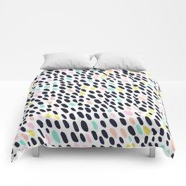 ABSTRACT PASTEL CONTRAST POLKA DOT BRUSH STROKE PATTERN Comforters