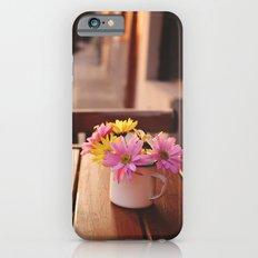 Flowers in the street Slim Case iPhone 6s