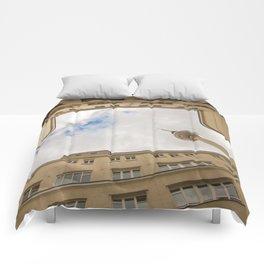 Hinterhof 84 Comforters