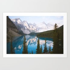 Lake Moraine Dos Art Print