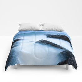 Disappearing waves Comforters
