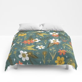 bright fun floral pattern Comforters