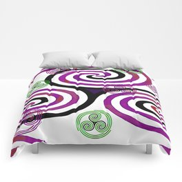 Modern Celtic Plum and Green Triple Spiral Pattern Comforters
