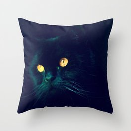 Hoscar Throw Pillow