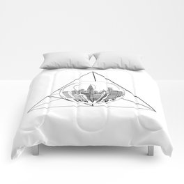 GRAPHIC Geometric. Shape Gray New York in a Bottle Comforters