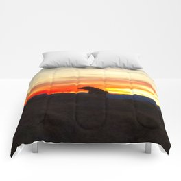 Black Dog Red Comforters
