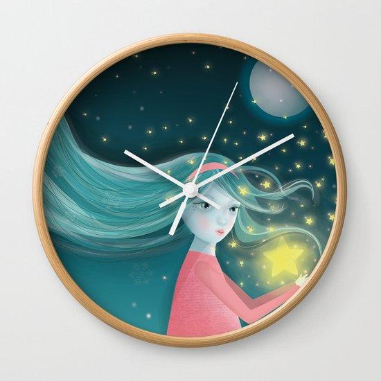 A gift Wall Clock