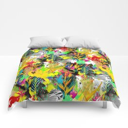 AltErEd tExtUrE Comforters